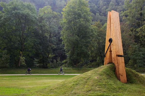 giant-clip_02   Mehmet Ali Uysal
